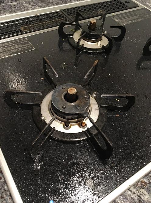 【写真比較あり】キッチンの油汚れを「セスキの激落ちくん」で落ちる?